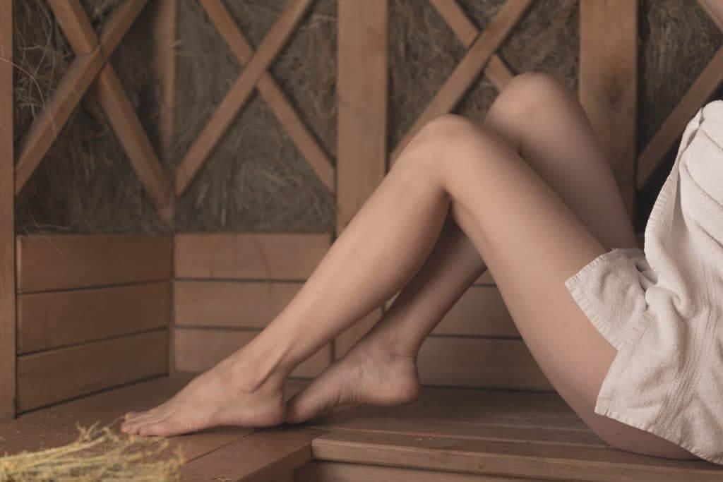 Illuminating and Refining Leg Treatment