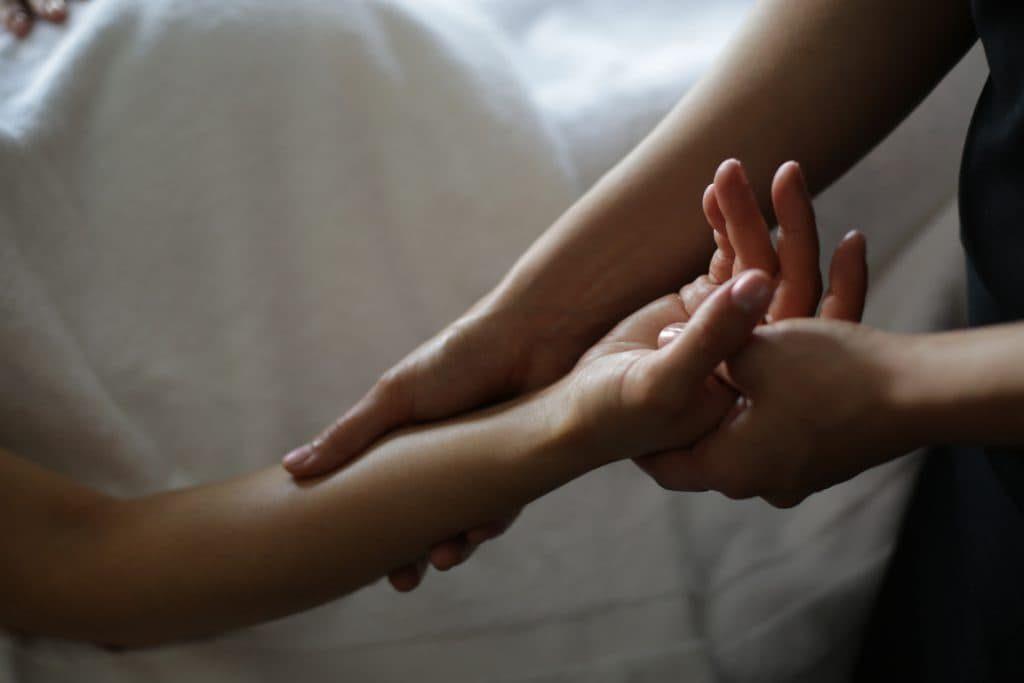 Signatre 4 hand massage
