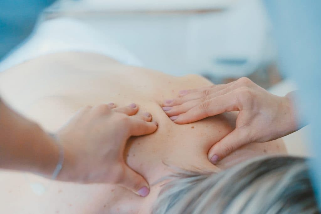 Ku Nye body massage