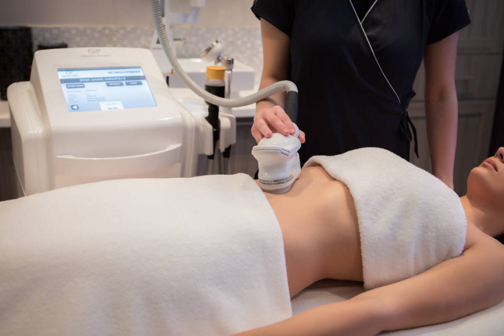 specially developed ultrasound device that combines the effects of a low and high frequency of the ultrasound